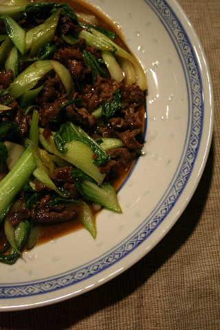 牛肉と青梗菜炒め・・・焼き肉のタレで♪_f0141419_10335683.jpg