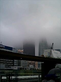 消える高層ビル!_c0163838_2337189.jpg