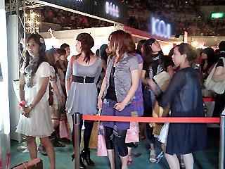 【brace】神戸コレクション3_braceのヘアアレンジブース_c0080367_13572744.jpg