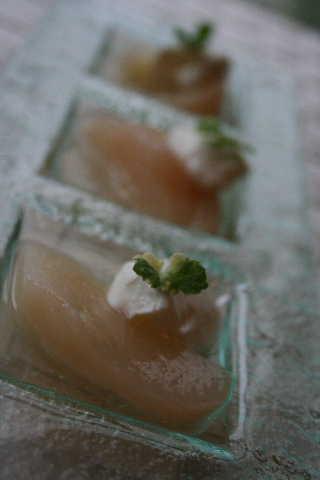 桃の白ワイン煮_f0141419_5552129.jpg