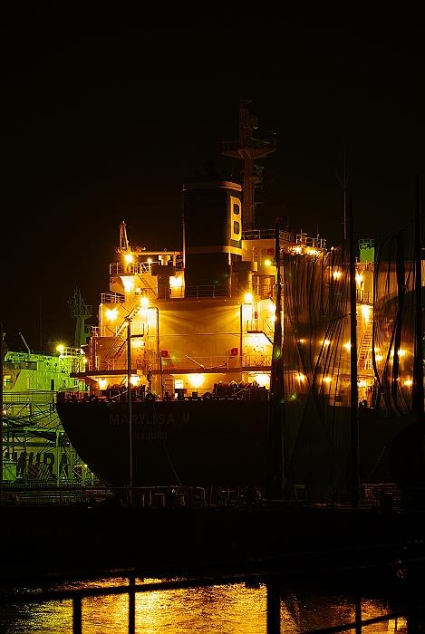 Night-Dock_c0152379_621472.jpg