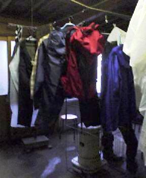 雨の日、乾燥室にて…_c0089831_1817396.jpg