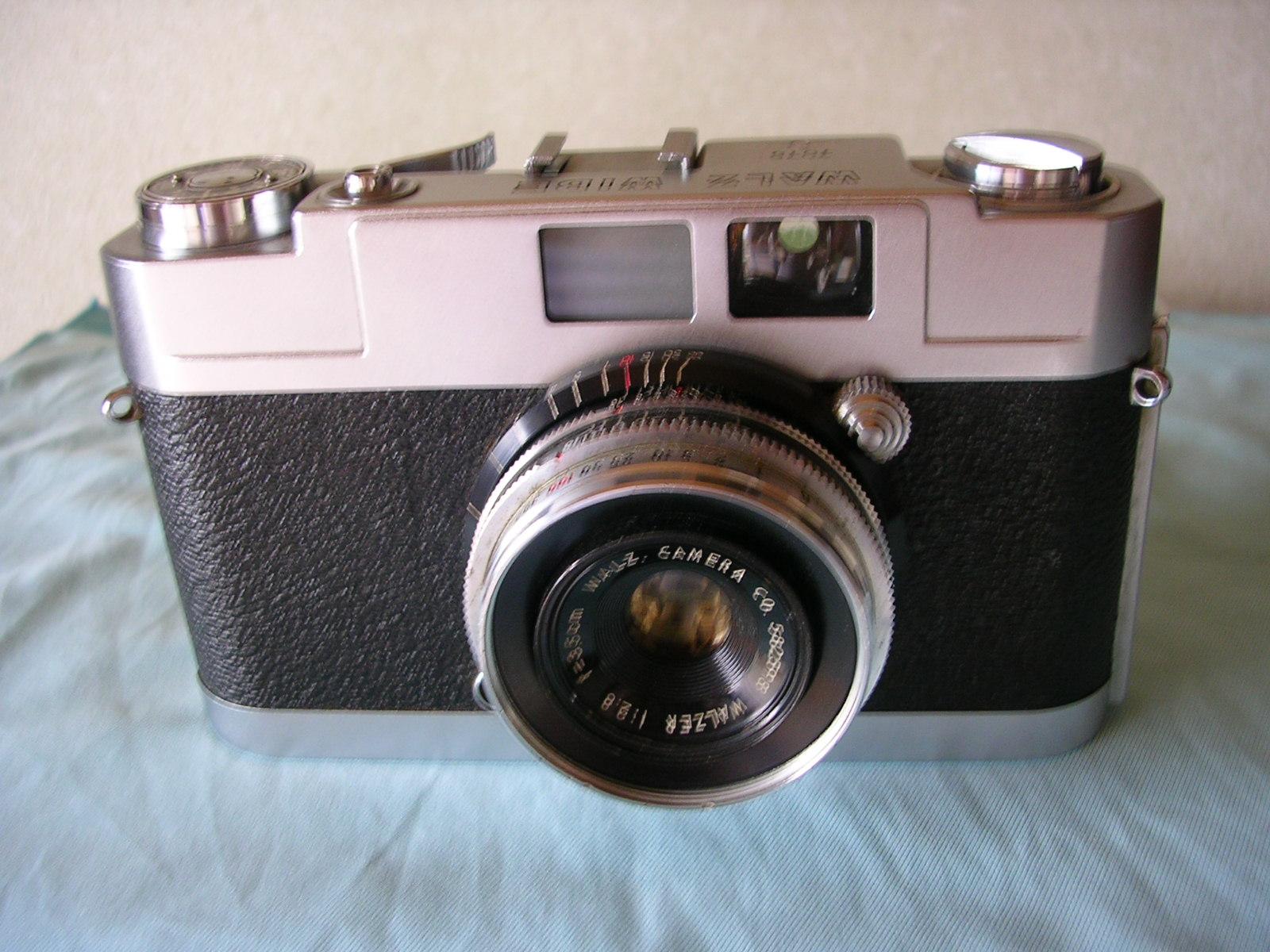 懐かしのカメラ「ワルツワイド」_d0138130_168713.jpg