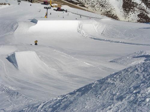 snowpark_c0151965_1652505.jpg