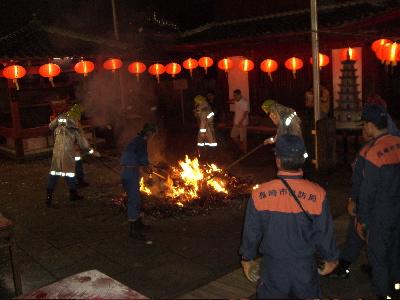 中国盆会フィナーレ_d0052485_010071.jpg