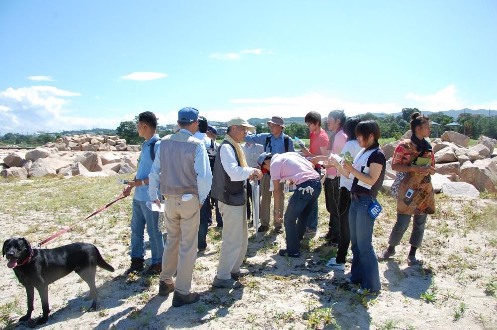 海辺の環境学習・エコツアー指導者育成講座サポート第2日_c0108460_23202166.jpg
