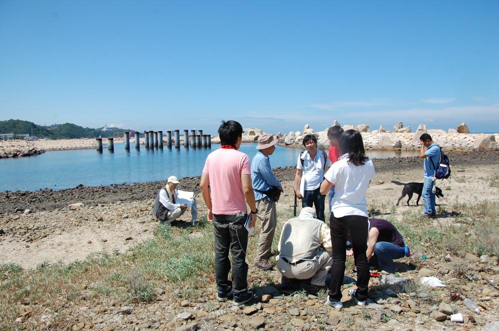 海辺の環境学習・エコツアー指導者育成講座サポート第2日_c0108460_2321499.jpg