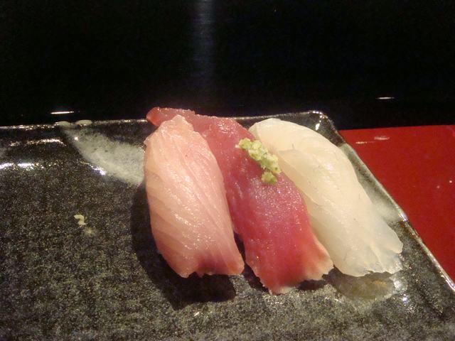 寿司屋ならここが好き、_d0100880_6425820.jpg