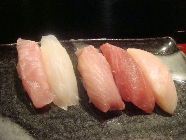 寿司屋ならここが好き、_d0100880_644912.jpg