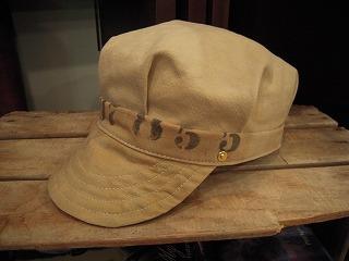 帽子ですよ。_d0121303_1259485.jpg