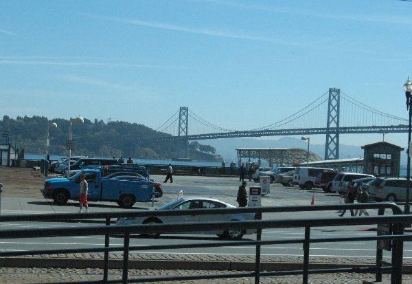 バスから写したサンフランシスコ_e0098241_1634068.jpg
