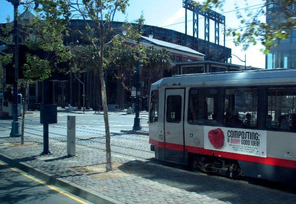 バスから写したサンフランシスコ_e0098241_1675985.jpg