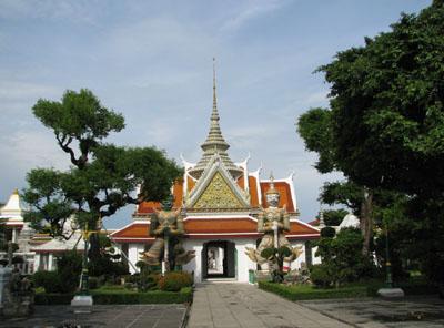 バンコク寺巡り1 ワットアルン_e0048413_18484684.jpg
