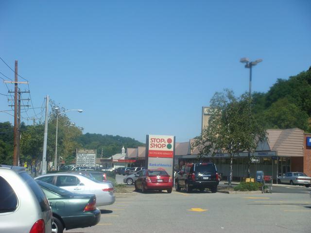 連休のスーパーはガラガラ、_d0100880_41239.jpg