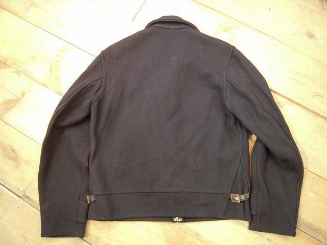 ジャケットの動きが早いので_d0121303_1340081.jpg