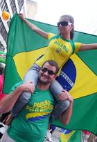 ブラジル国外では世界最大のお祭り Brazilian Day Festival_b0007805_1161136.jpg