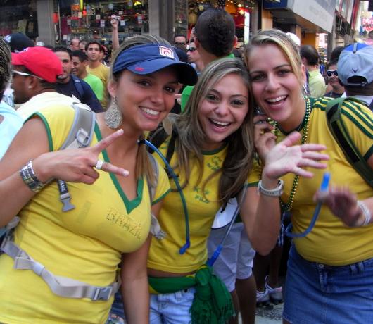ブラジル国外では世界最大のお祭り Brazilian Day Festival_b0007805_1183268.jpg