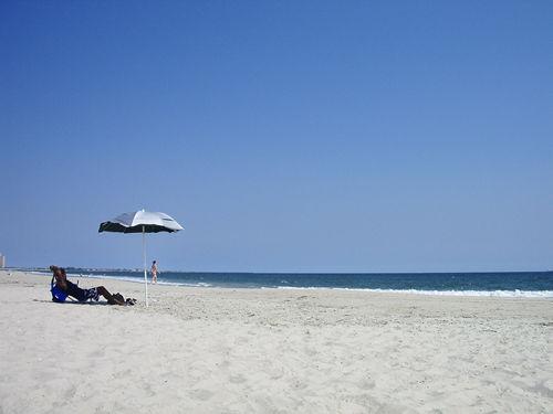 夏の終わりのビーチ part1_c0064534_22115164.jpg