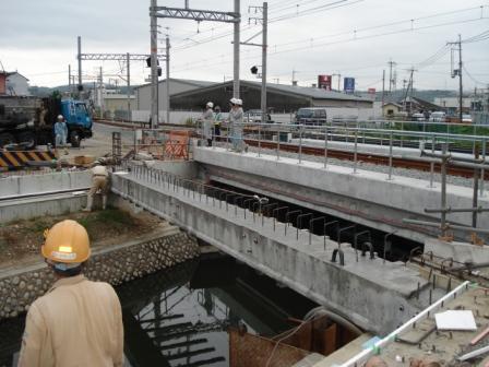橋梁架設工事の相伴を行いました。_f0110349_191111100.jpg