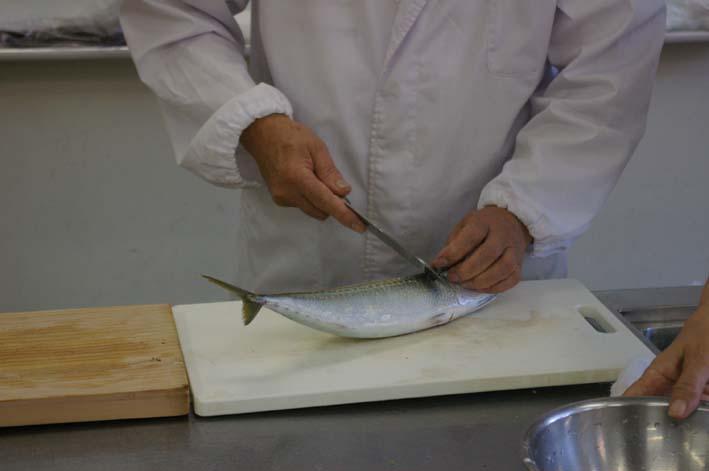 遂に入門、「男性のための料理入門(男の料理教室)」_c0014967_11432410.jpg