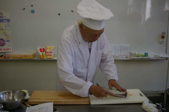 遂に入門、「男性のための料理入門(男の料理教室)」_c0014967_11433687.jpg