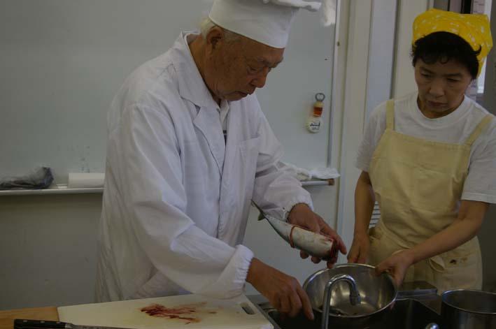 遂に入門、「男性のための料理入門(男の料理教室)」_c0014967_11434851.jpg