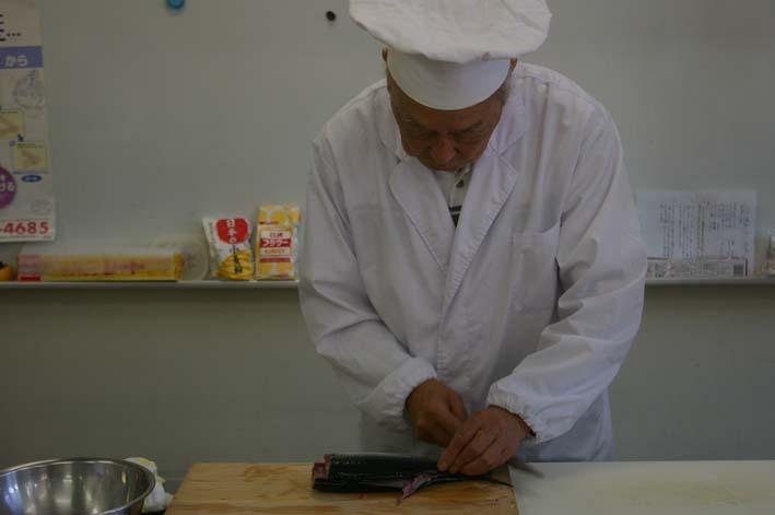 遂に入門、「男性のための料理入門(男の料理教室)」_c0014967_11441180.jpg