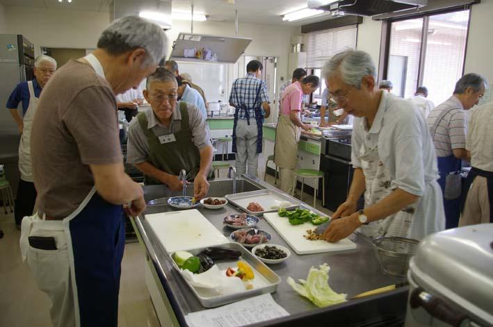 遂に入門、「男性のための料理入門(男の料理教室)」_c0014967_1146160.jpg