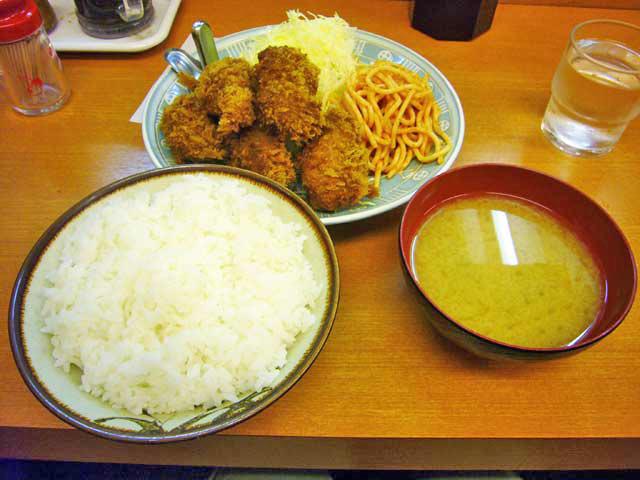 とんかつ駿河 カキフライ定食_a0016730_23234342.jpg