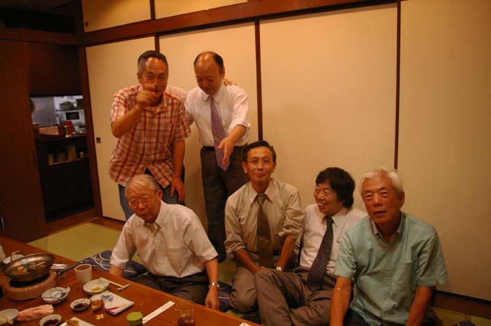 松永会有志が築地「やまに」で還暦祝いを開催(08・9・4)_c0014967_7525215.jpg
