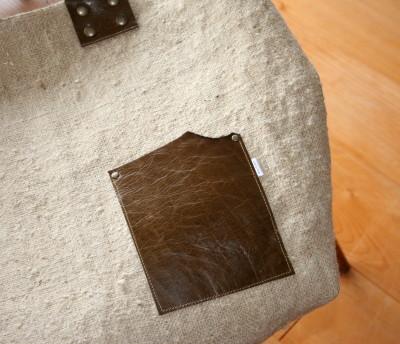 スイス郵便袋で作ったバッグ_a0102486_7273294.jpg