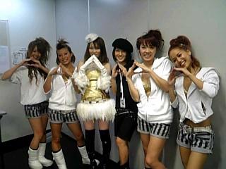 ダンサーのみんなと…_f0143188_139438.jpg