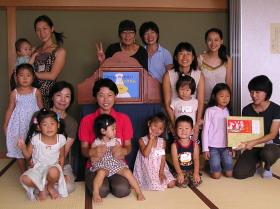 親子で体験ふるさと紙芝居教室_e0093046_2281268.jpg