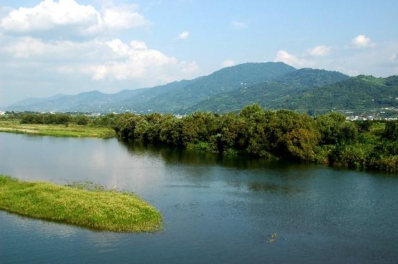 川のある風景_b0093754_23495163.jpg