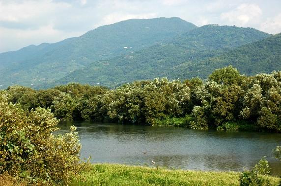川のある風景_b0093754_23501693.jpg