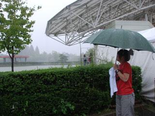雨のち 多分、晴れ_d0137076_22482985.jpg