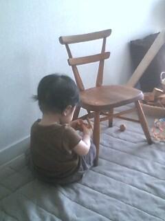 椅子とルイ_a0088412_11493552.jpg