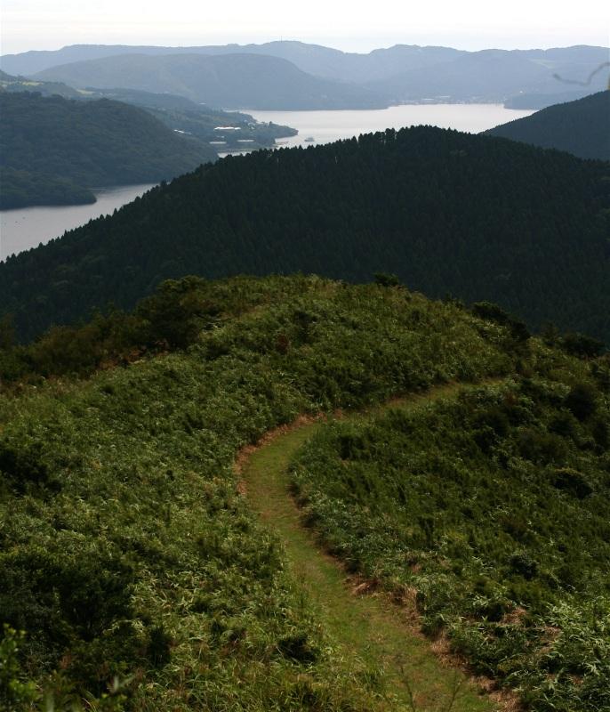 湖尻峠からトレッキング_d0133581_22265790.jpg