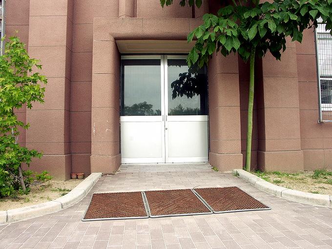 旧神戸市森高等女学校校舎(神戸学院大学付属高等学校)_f0116479_20524917.jpg