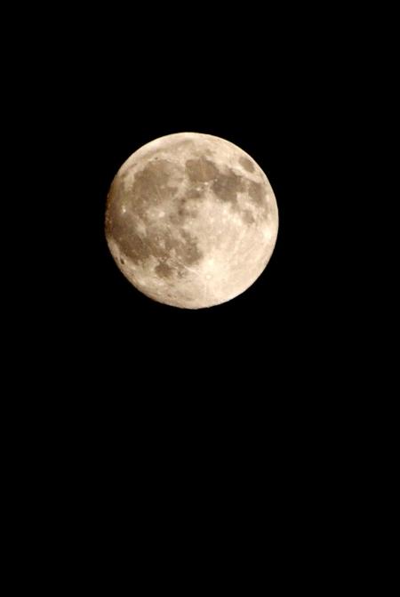 待宵の月から中秋の名月へ_d0145934_21285924.jpg