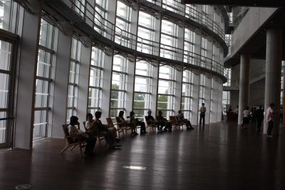 初の国立新美術館 <六本木>_c0118352_11364183.jpg