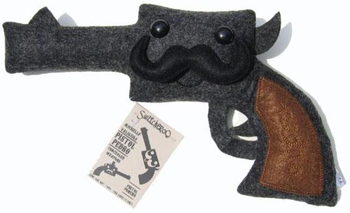 Pistol Pedro Plush by Michelle Valigura_e0118156_952826.jpg
