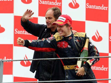 【F12008】イタリアGPは、ヴェッテルの独り舞台 ポールツゥウィンで史上最年少優勝を飾る_b0077271_8383840.jpg