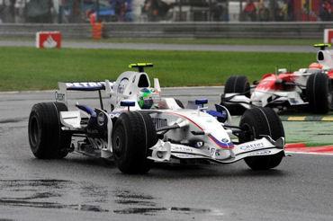 【F12008】イタリアGPは、ヴェッテルの独り舞台 ポールツゥウィンで史上最年少優勝を飾る_b0077271_8391077.jpg