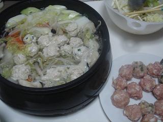 鶏団子鍋_c0025217_8182992.jpg