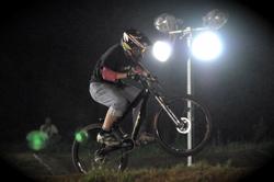 2008緑山ジャパンオープンナイトレースVOL 8:MTB エキスパートクラス予選第3ヒート、決勝_b0065730_22473621.jpg