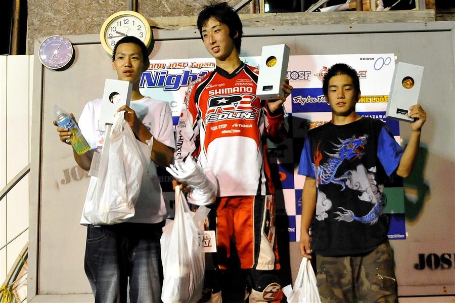 2008緑山ジャパンオープンナイトレースVOL 6:BMXエキスパートクラス決勝_b0065730_7131646.jpg