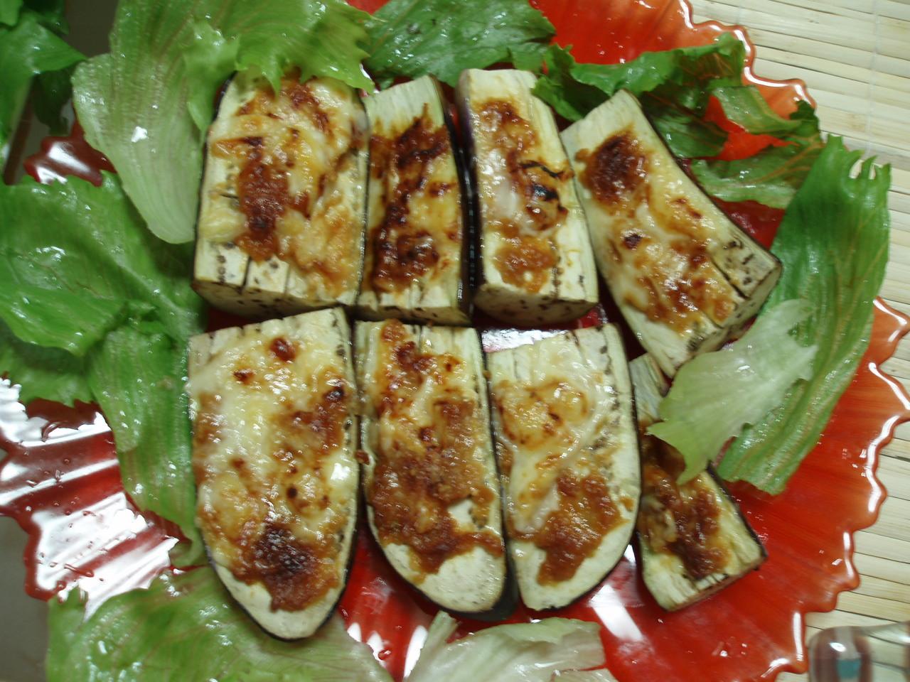 「鶏肉のカレー唐揚とかぼちゃの照り焼きとナスの味噌チーズと生姜ご飯」♪_b0137453_19563577.jpg