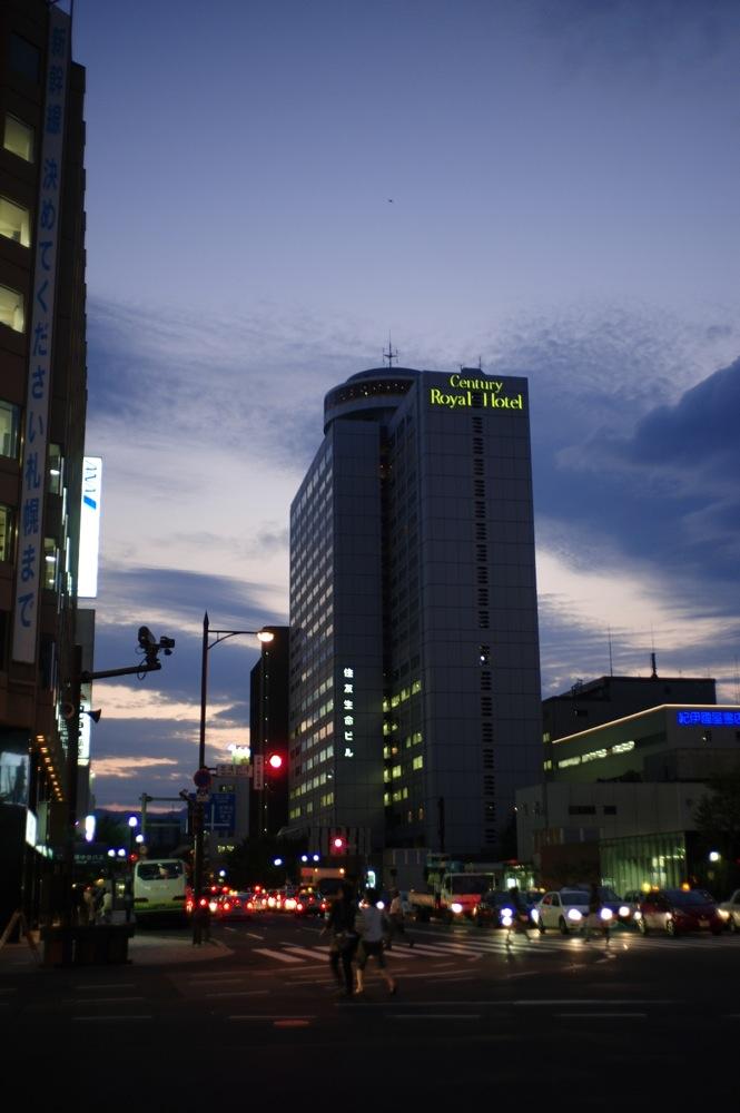 札幌、夕暮れの街7連発_f0042194_21563725.jpg