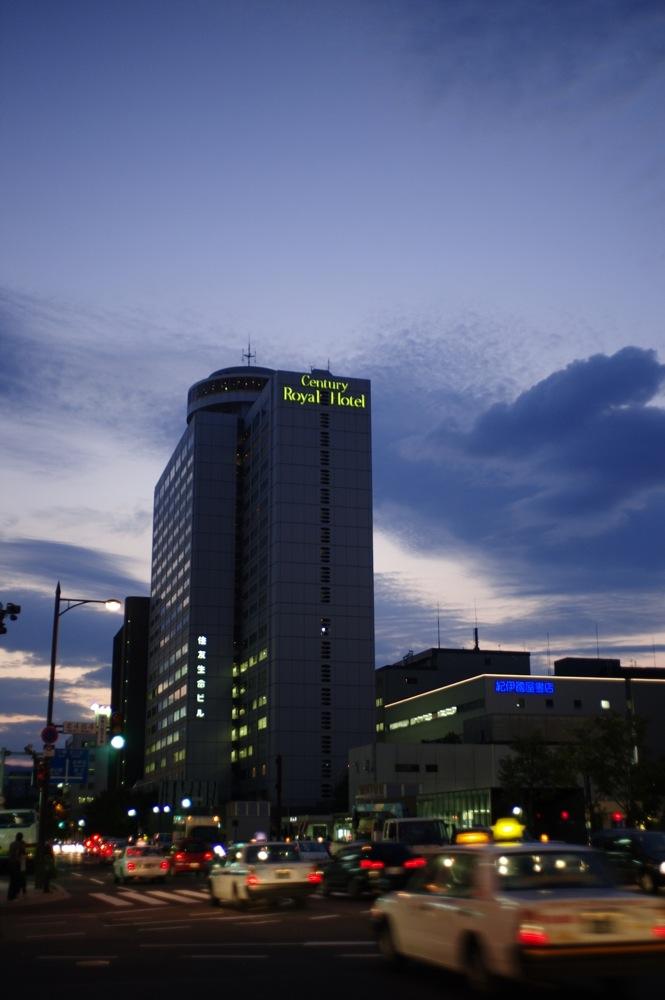 札幌、夕暮れの街7連発_f0042194_21565539.jpg